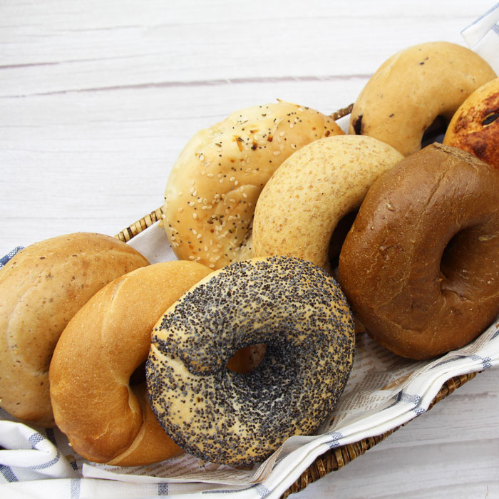 12 assorted bagels